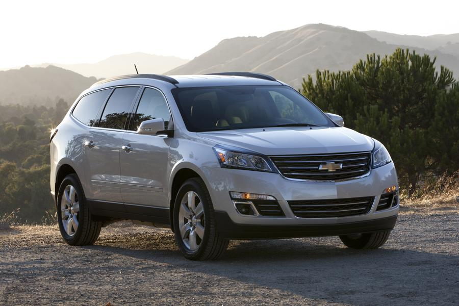 2014 Chevrolet Traverse Reviews Specs And Prices Cars Com