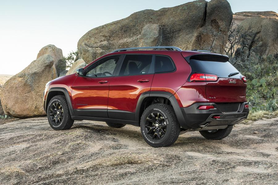 2014 jeep cherokee reviews specs and prices. Cars Review. Best American Auto & Cars Review