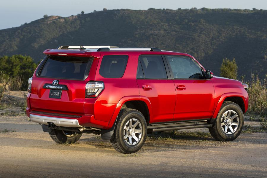 2014 toyota 4runner reviews specs and prices. Black Bedroom Furniture Sets. Home Design Ideas
