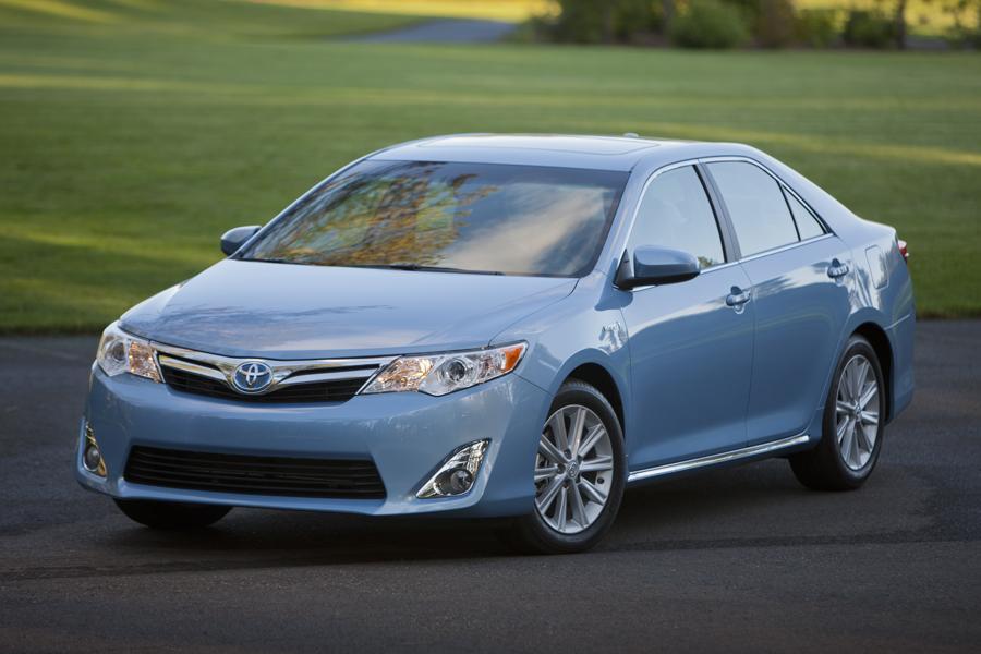 2012 Toyota Camry Hybrid Reviews Specs And Prices Cars Com