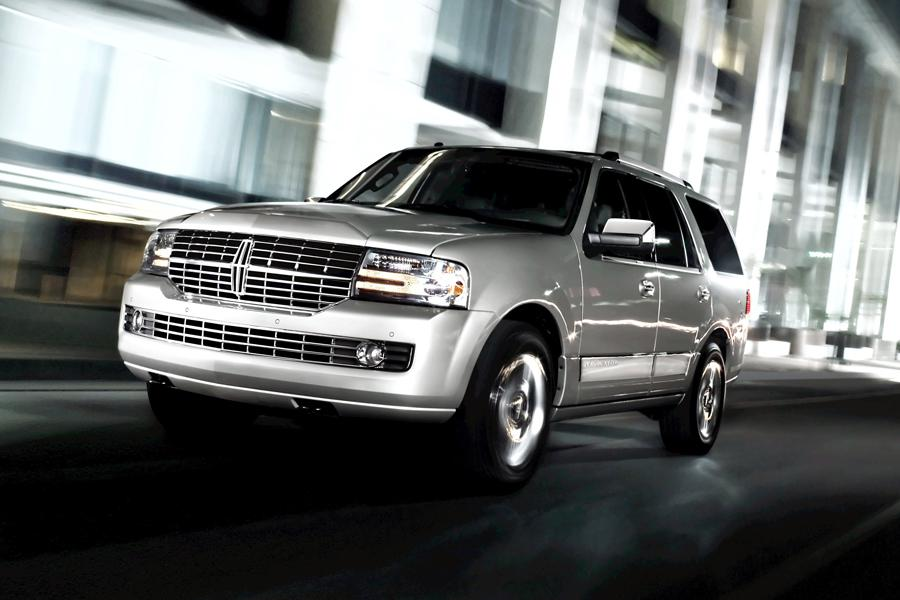 2013 lincoln navigator reviews specs and prices. Black Bedroom Furniture Sets. Home Design Ideas
