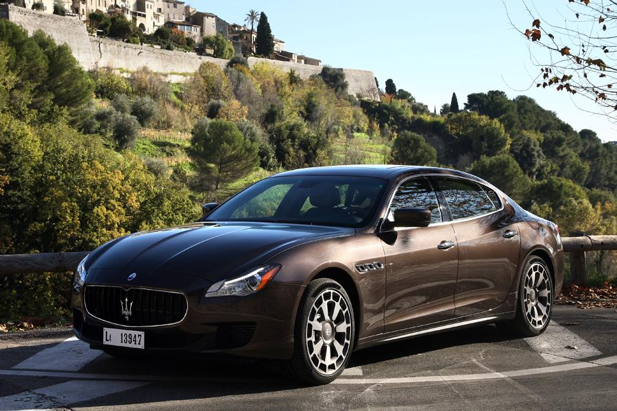 2013 maserati quattroporte reviews specs and prices. Black Bedroom Furniture Sets. Home Design Ideas