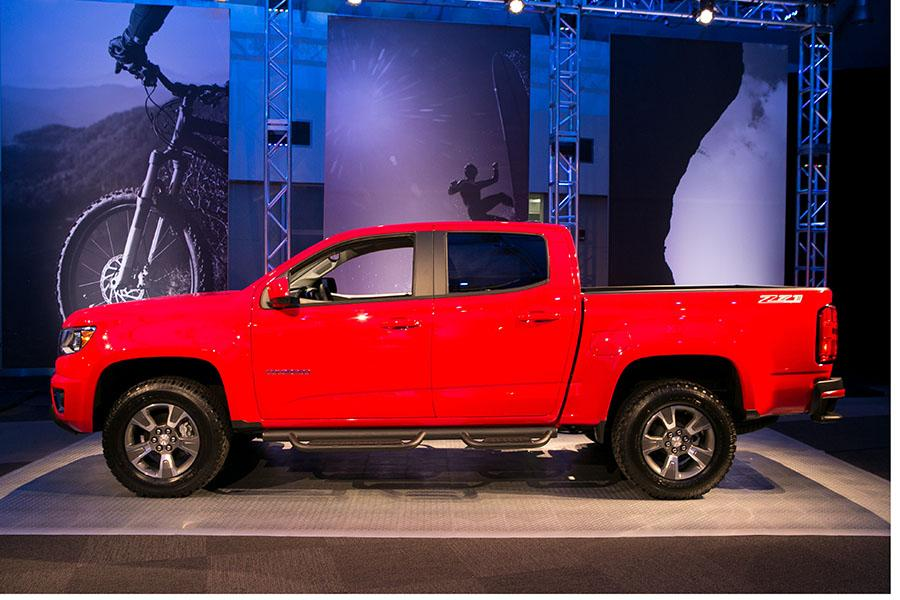 2015 chevrolet colorado reviews specs and prices. Black Bedroom Furniture Sets. Home Design Ideas