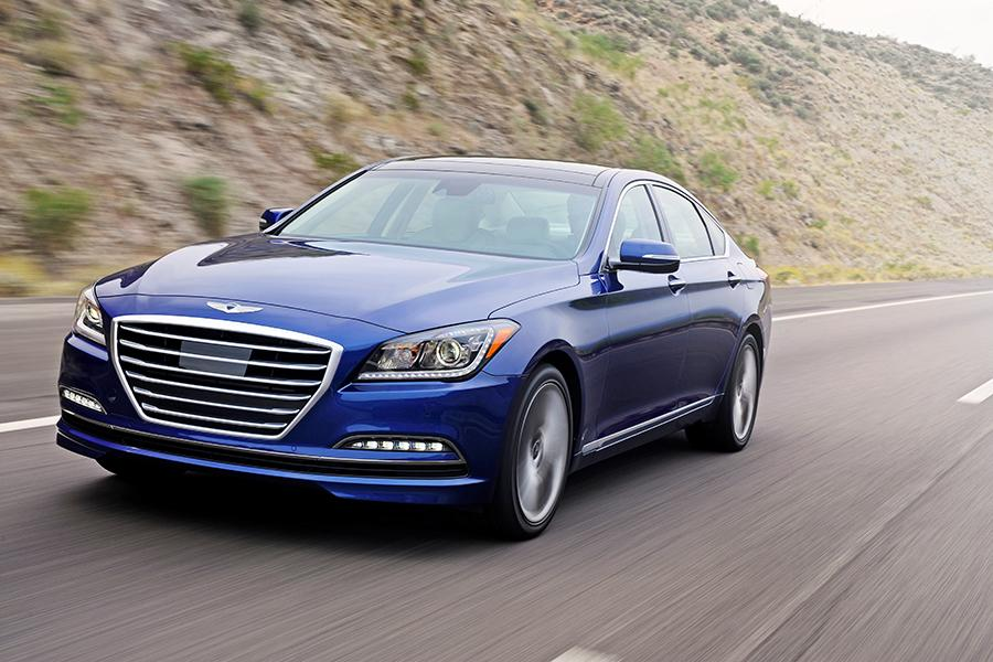2015 hyundai genesis reviews specs and prices. Black Bedroom Furniture Sets. Home Design Ideas