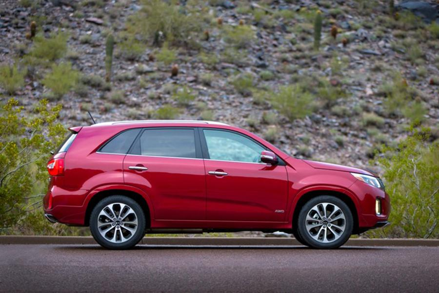 2015 kia sorento reviews specs and prices. Black Bedroom Furniture Sets. Home Design Ideas