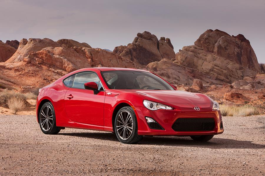2014 scion fr s reviews specs and prices. Black Bedroom Furniture Sets. Home Design Ideas