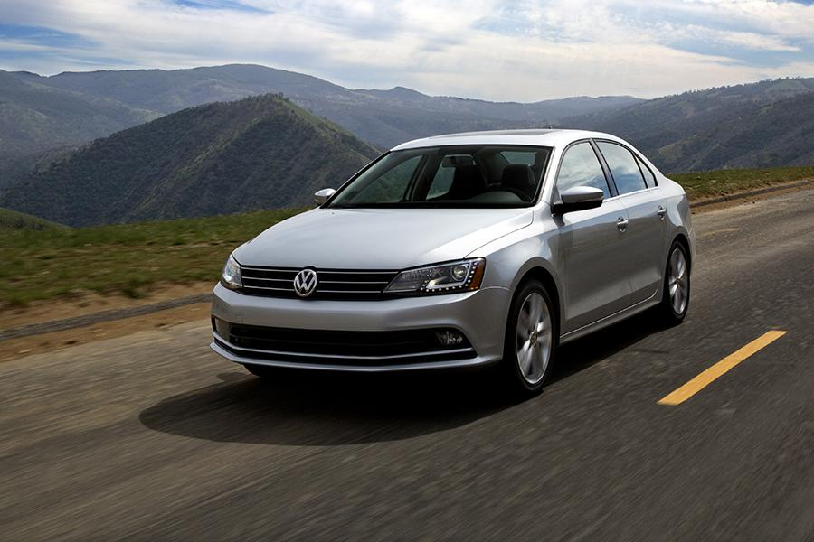 2015 volkswagen jetta reviews specs and prices. Black Bedroom Furniture Sets. Home Design Ideas