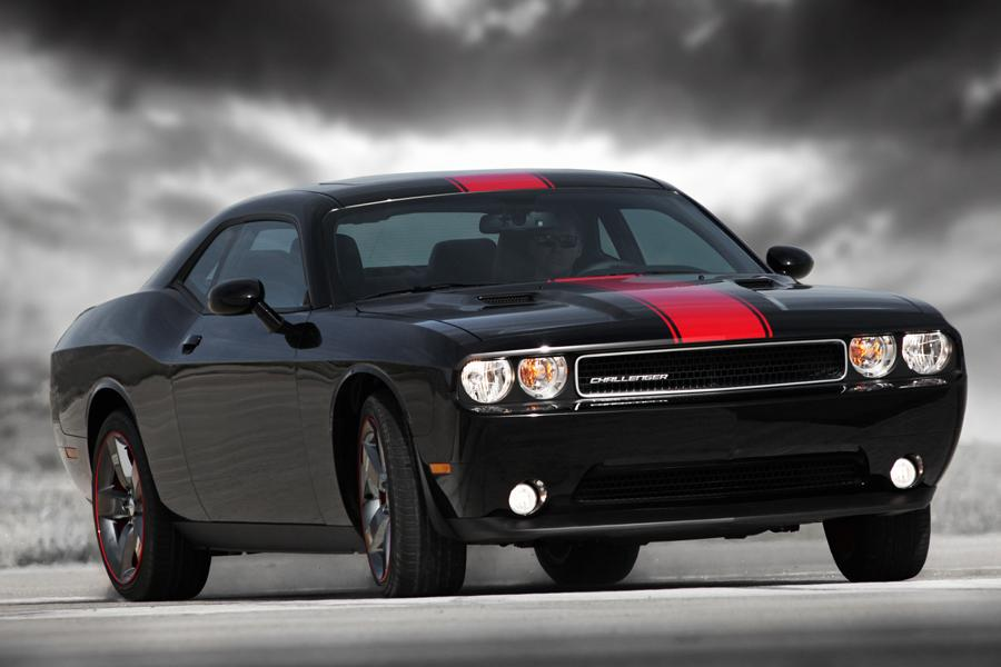 2014 dodge challenger reviews specs and prices. Black Bedroom Furniture Sets. Home Design Ideas