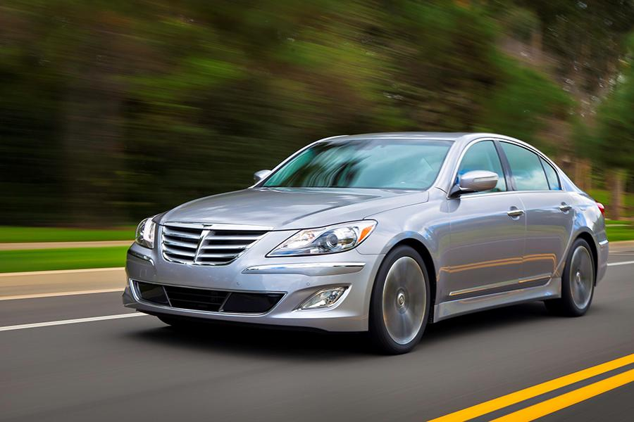 2014 Hyundai Genesis Reviews Specs And Prices Cars Com