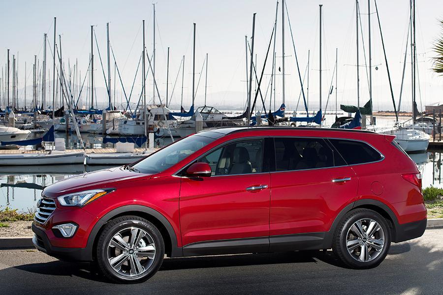 2014 Hyundai Santa Fe Reviews Specs And Prices Cars Com