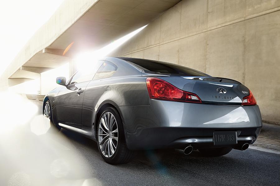 2014 infiniti q60 reviews specs and prices. Black Bedroom Furniture Sets. Home Design Ideas