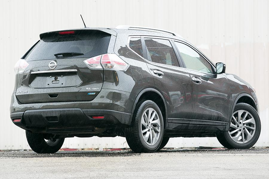 2014 nissan rogue reviews specs and prices. Black Bedroom Furniture Sets. Home Design Ideas