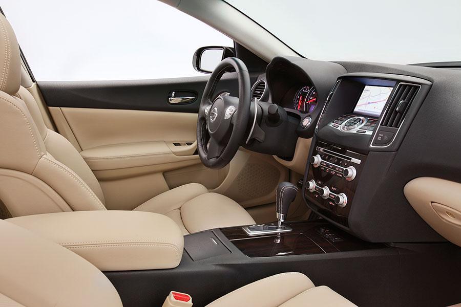 2014 Nissan Maxima Reviews Specs And Prices Cars Com
