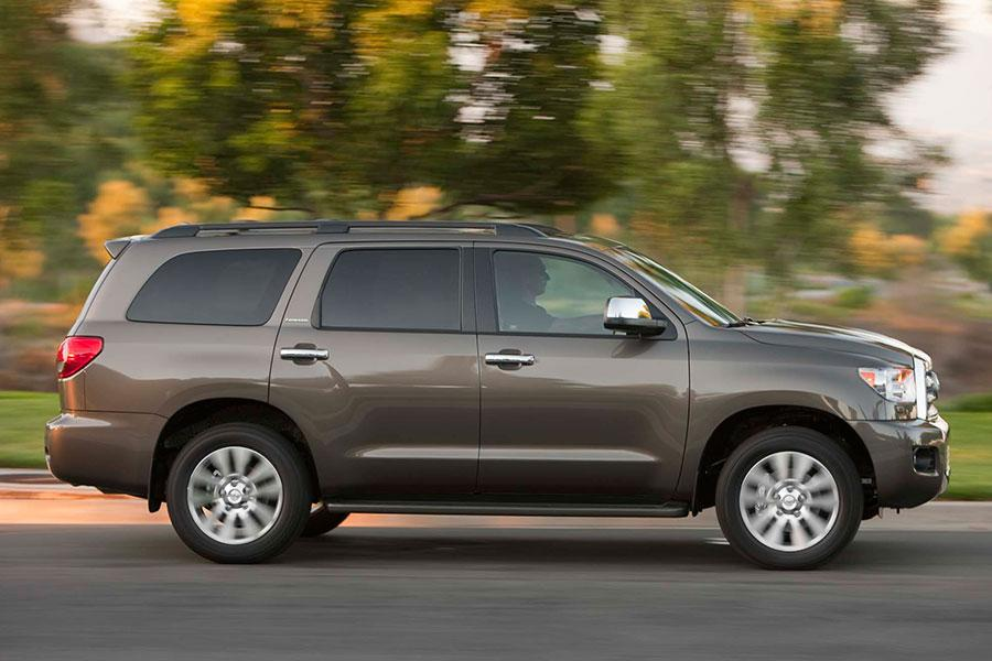2014 toyota sequoia reviews specs and prices. Black Bedroom Furniture Sets. Home Design Ideas