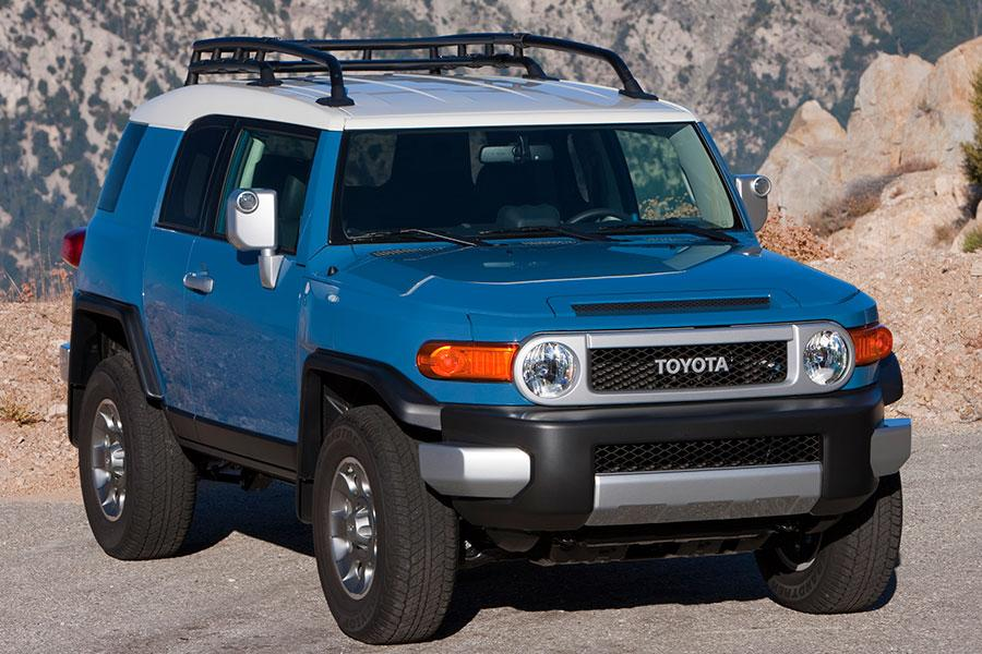 2014 toyota fj cruiser reviews specs and prices. Black Bedroom Furniture Sets. Home Design Ideas