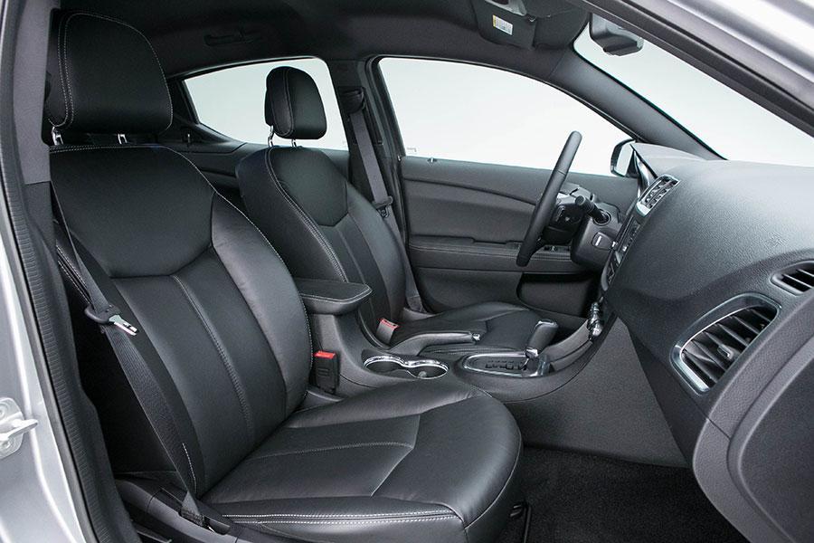 2014 Dodge Avenger Specs Pictures Trims Colors  Carscom