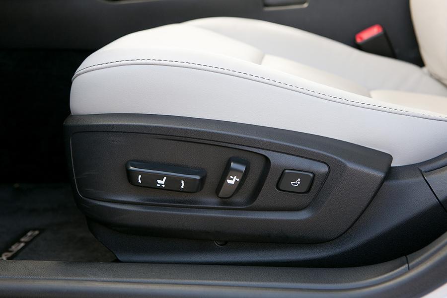 2014 Lexus Es 350 Reviews Specs And Prices Cars Com