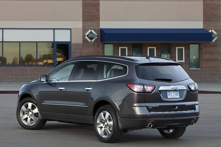 2015 Chevrolet Traverse Reviews Specs And Prices Cars Com