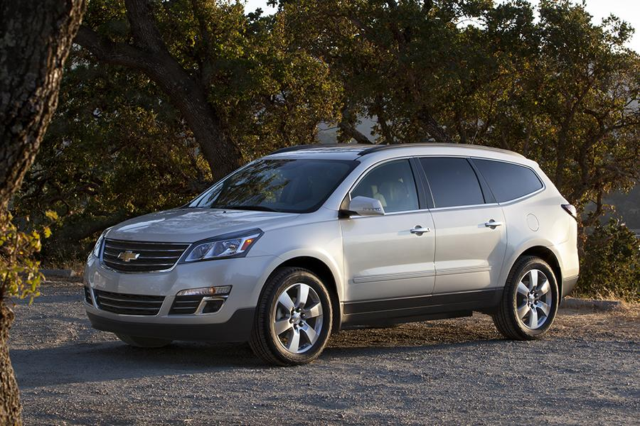 2015 Chevrolet Traverse Reviews Specs And Prices Cars Com