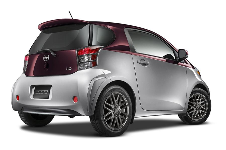2014 scion iq reviews specs and prices. Black Bedroom Furniture Sets. Home Design Ideas