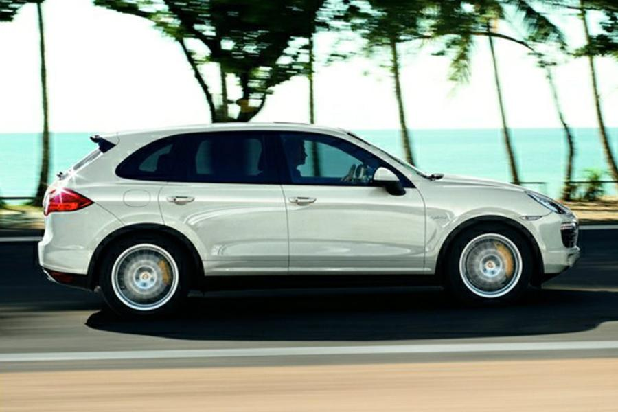 2014 porsche cayenne hybrid reviews specs and prices. Black Bedroom Furniture Sets. Home Design Ideas