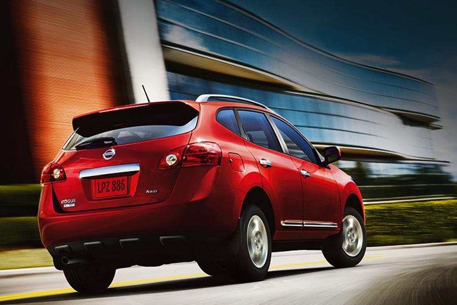 2014 nissan rogue select reviews specs and prices. Black Bedroom Furniture Sets. Home Design Ideas