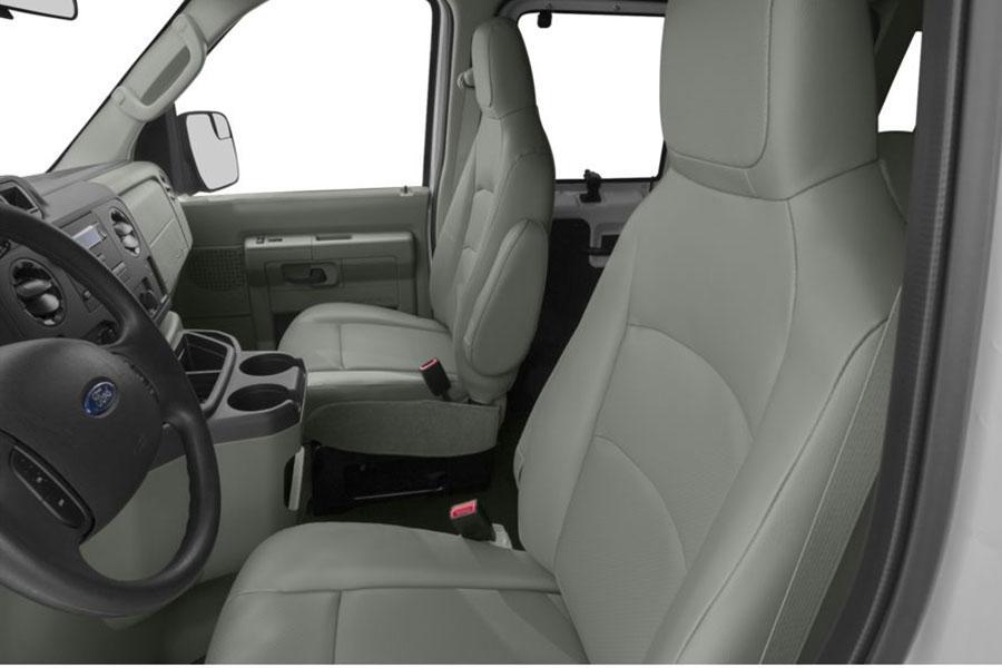 Ford E350 Super Duty Reviews, Specs and Prices | Cars.com