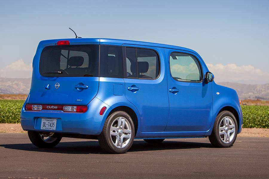 Nissan Cube Wagon Models Price Specs Reviews Cars Com