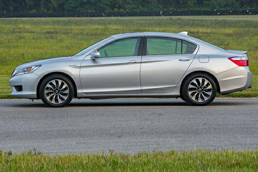 2014 honda accord hybrid reviews specs and prices. Black Bedroom Furniture Sets. Home Design Ideas