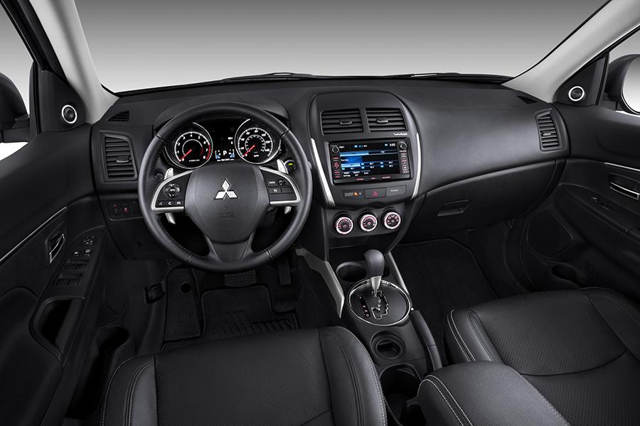 Cr V Trim Levels >> 2014 Mitsubishi Outlander Sport Reviews, Specs and Prices ...