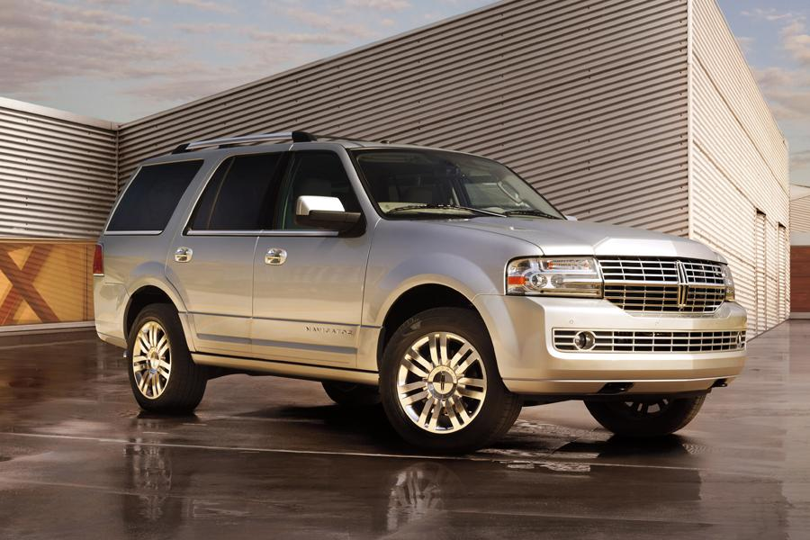 2014 lincoln navigator reviews specs and prices. Black Bedroom Furniture Sets. Home Design Ideas