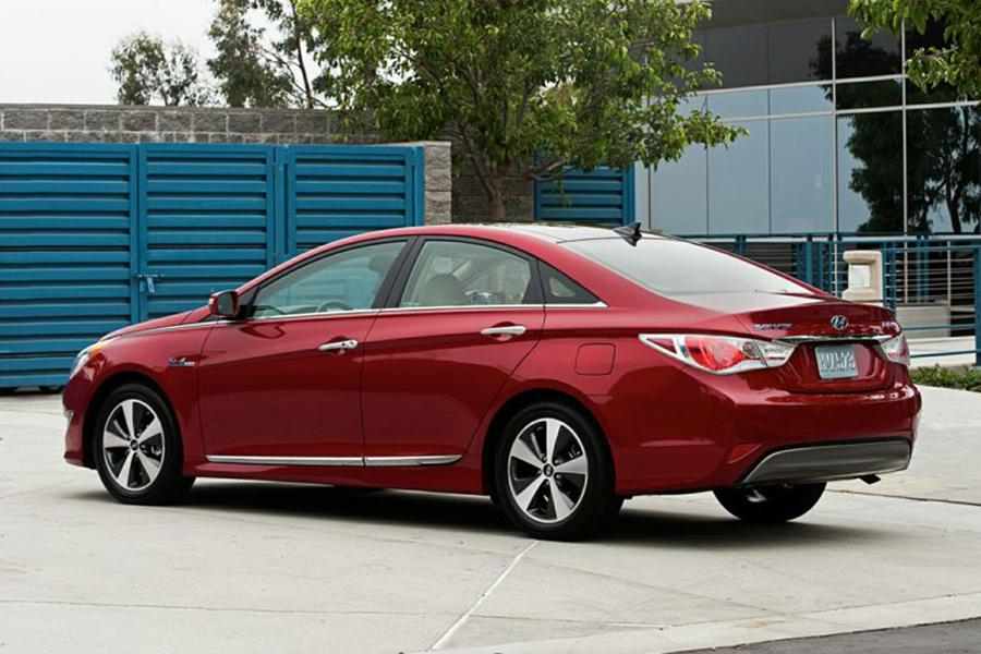 2013 hyundai sonata hybrid reviews specs and prices. Black Bedroom Furniture Sets. Home Design Ideas