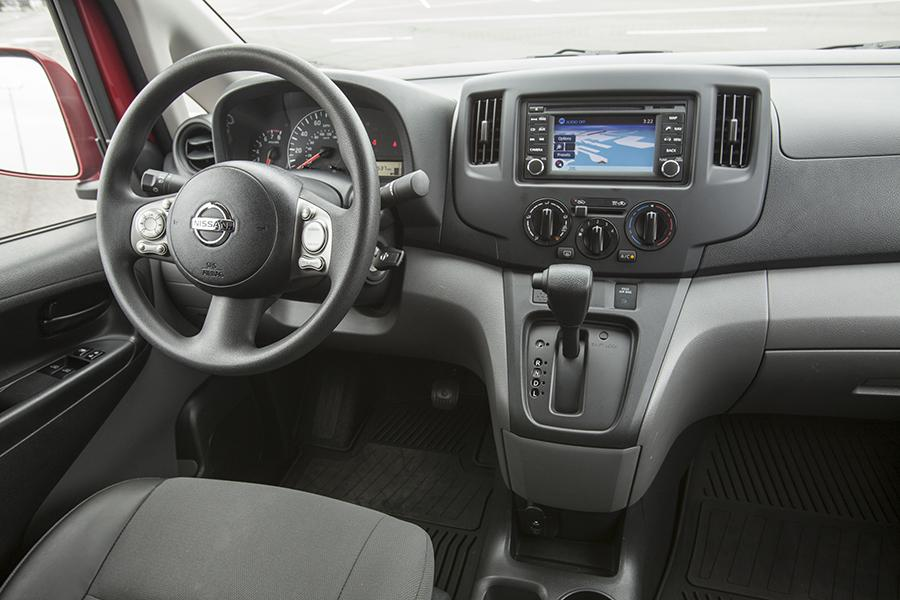2013 nissan nv200 reviews specs and prices. Black Bedroom Furniture Sets. Home Design Ideas