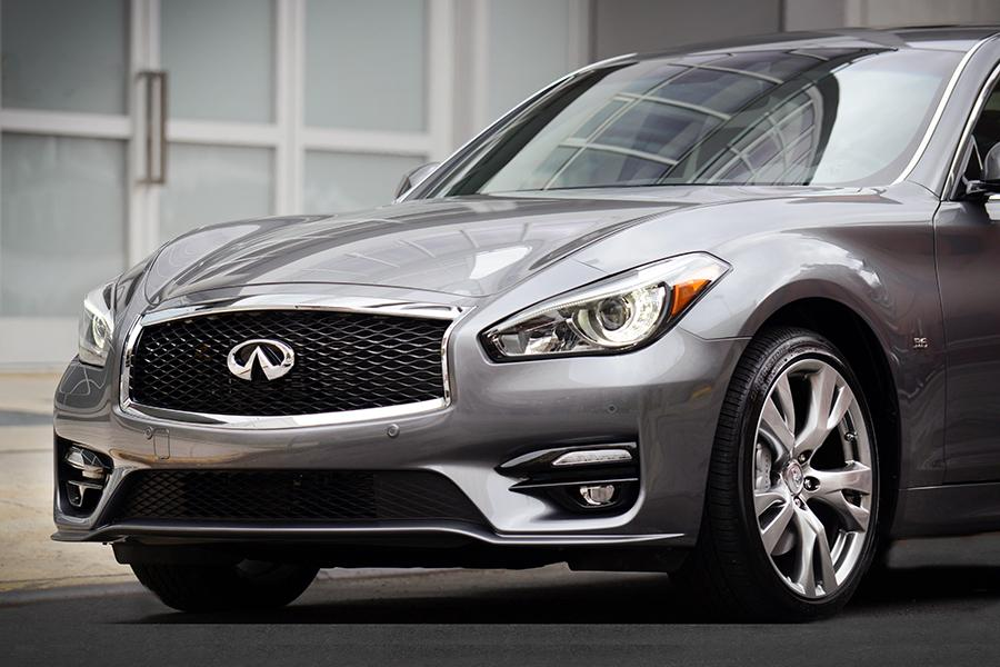 2015 infiniti q70 reviews specs and prices. Black Bedroom Furniture Sets. Home Design Ideas