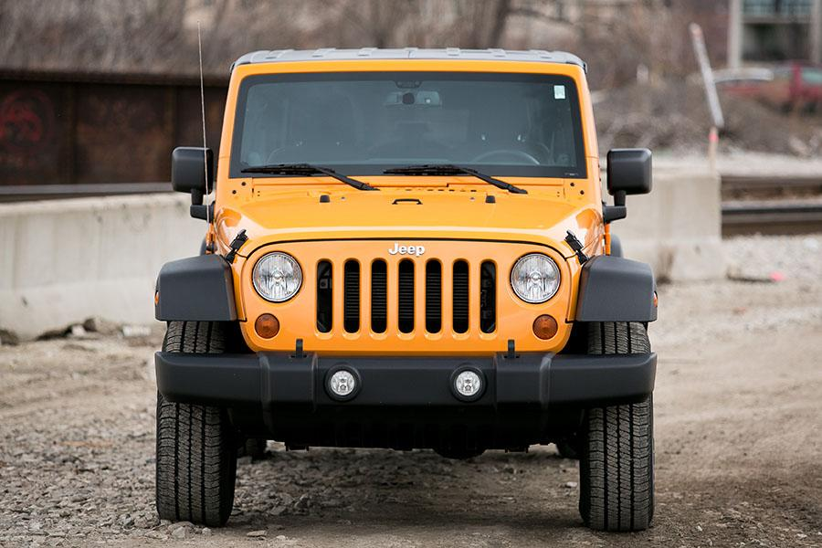 2015 jeep wrangler unlimited reviews specs and prices. Black Bedroom Furniture Sets. Home Design Ideas