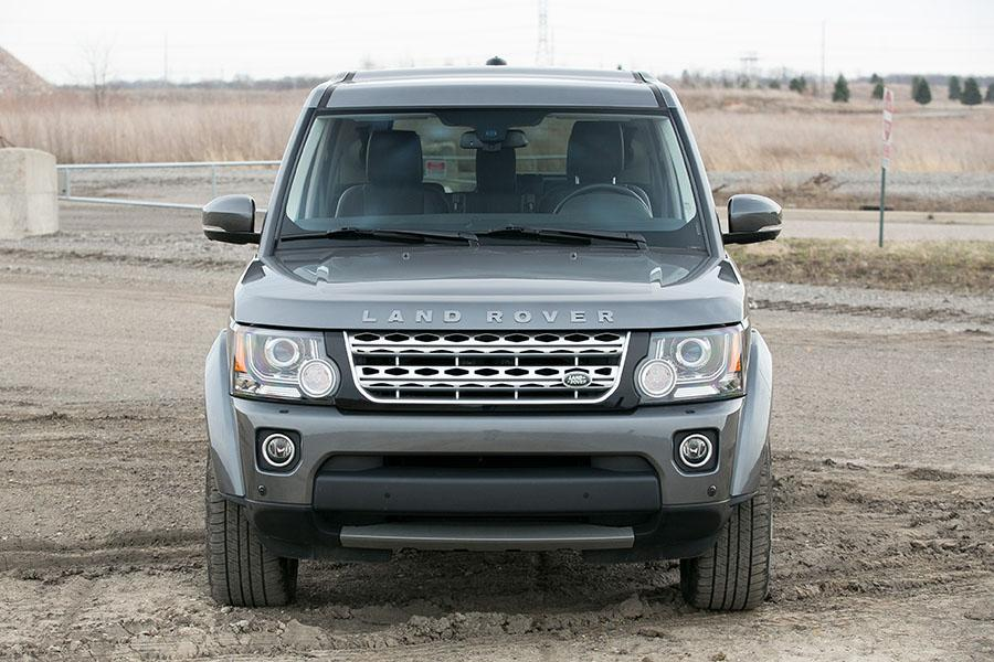 2015 land rover lr4 reviews specs and prices. Black Bedroom Furniture Sets. Home Design Ideas