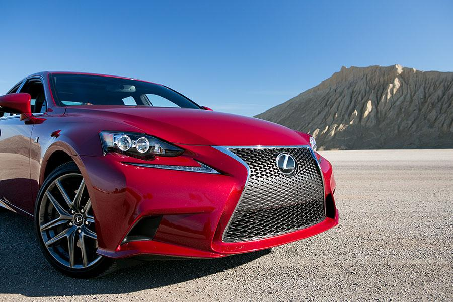 2015 lexus is 350 reviews specs and prices. Black Bedroom Furniture Sets. Home Design Ideas