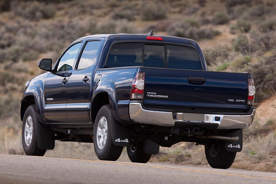 2015 toyota tacoma reviews specs and prices. Black Bedroom Furniture Sets. Home Design Ideas