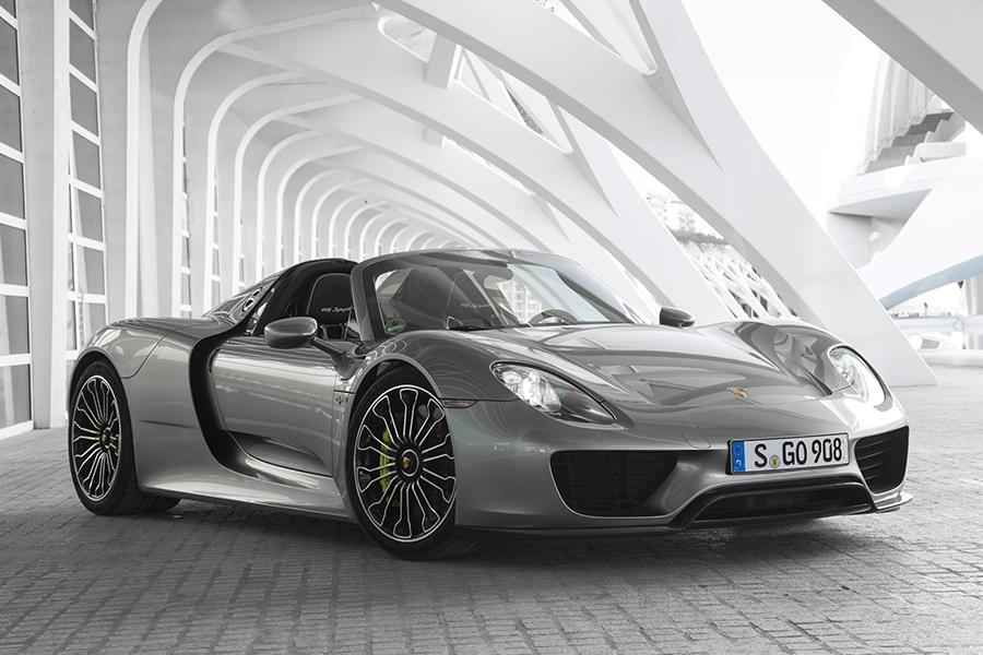 porsche 918 spyder review 2015 porsche 918 spyder review track test caradvice 2015 porsche 918. Black Bedroom Furniture Sets. Home Design Ideas