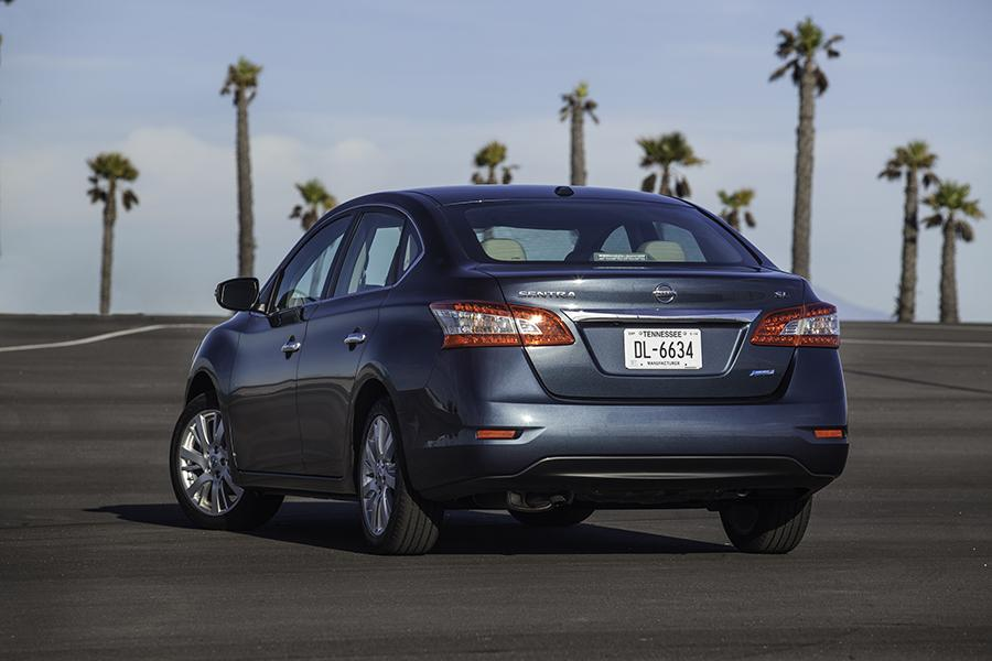 2015 nissan sentra reviews specs and prices. Black Bedroom Furniture Sets. Home Design Ideas