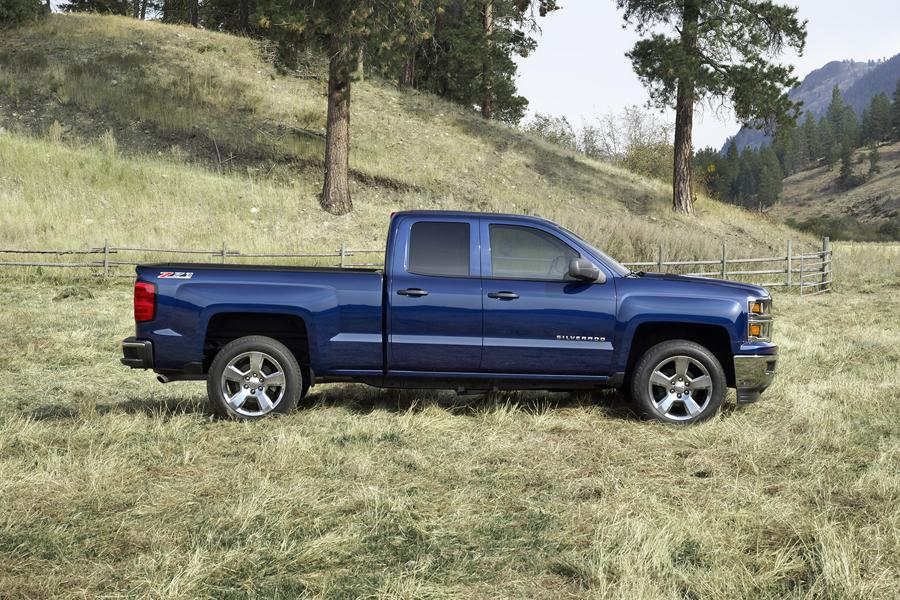 2015 chevrolet silverado 1500 reviews specs and prices. Black Bedroom Furniture Sets. Home Design Ideas