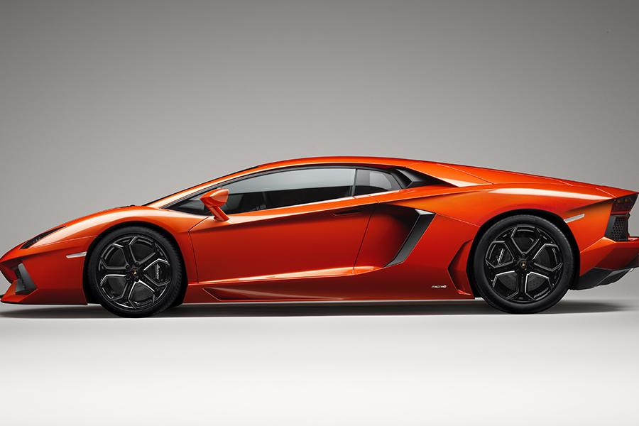 2015 Lamborghini Aventador Specs Pictures Trims Colors
