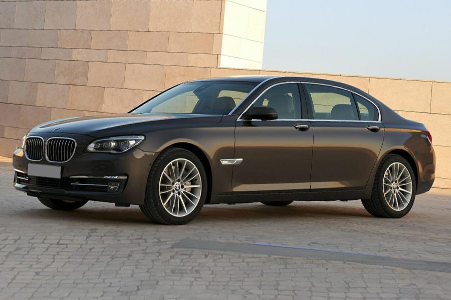 2015 bmw 750 reviews specs and prices. Black Bedroom Furniture Sets. Home Design Ideas