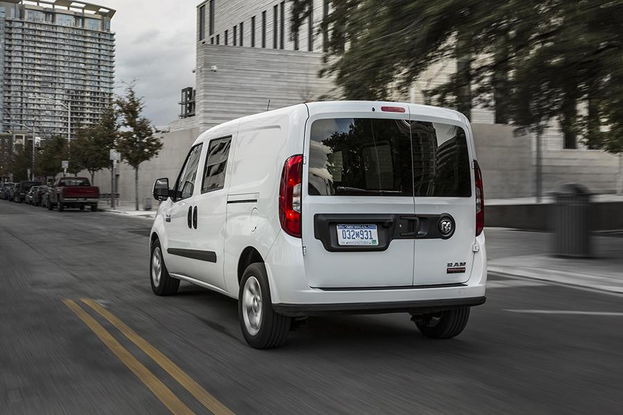 2015 ram promaster city reviews specs and prices. Black Bedroom Furniture Sets. Home Design Ideas