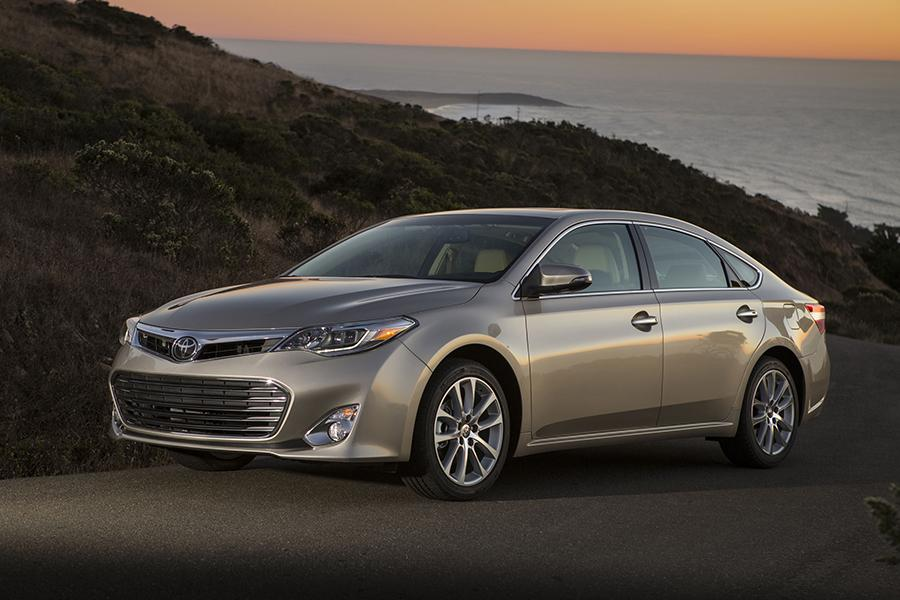2015 Toyota Avalon Specs Pictures Trims Colors Cars Com