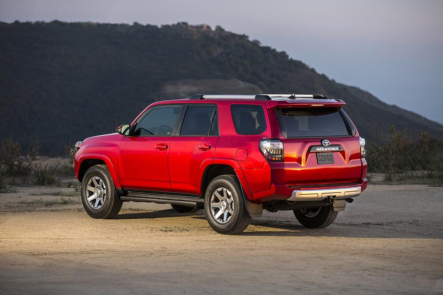2015 toyota 4runner reviews specs and prices. Black Bedroom Furniture Sets. Home Design Ideas