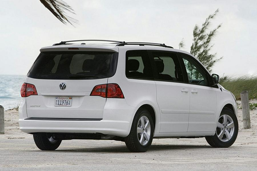 2014 Volkswagen Routan Reviews Specs And Prices Cars Com