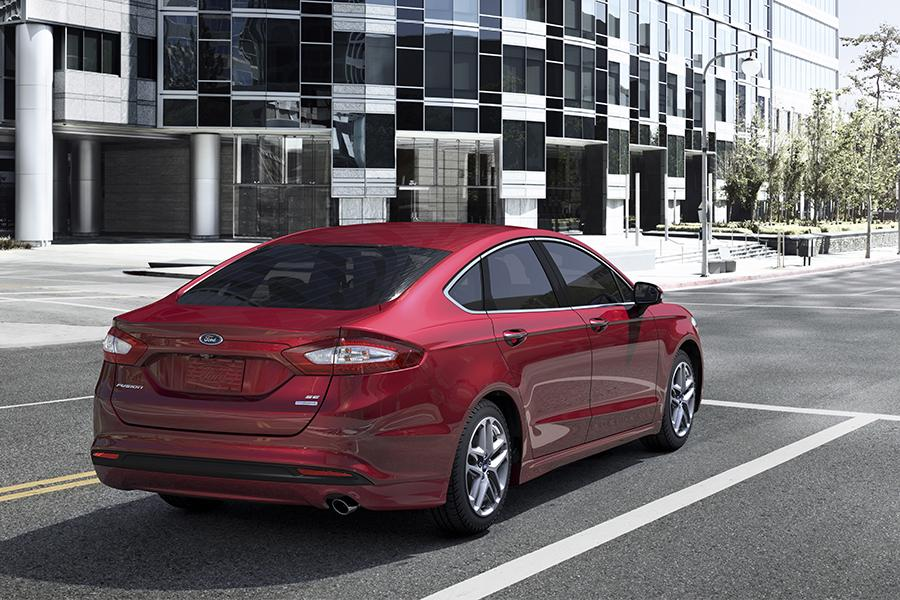 2016 ford fusion reviews specs and prices. Black Bedroom Furniture Sets. Home Design Ideas