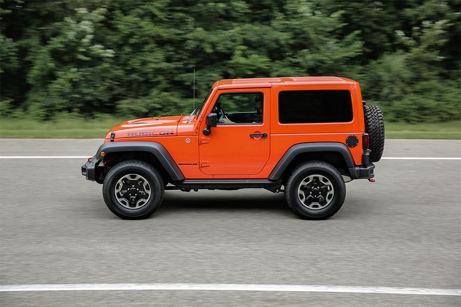 2016 jeep wrangler reviews specs and prices. Black Bedroom Furniture Sets. Home Design Ideas