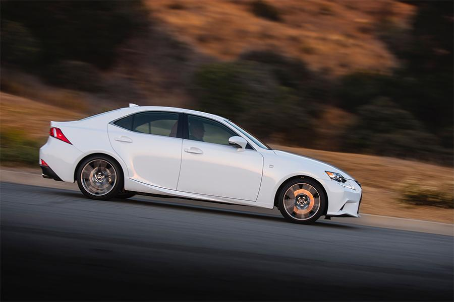 2016 lexus is 300 reviews specs and prices. Black Bedroom Furniture Sets. Home Design Ideas